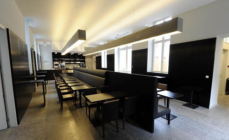 cabinet d 39 architectes le grand curtius. Black Bedroom Furniture Sets. Home Design Ideas