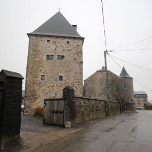Tour d'Izier